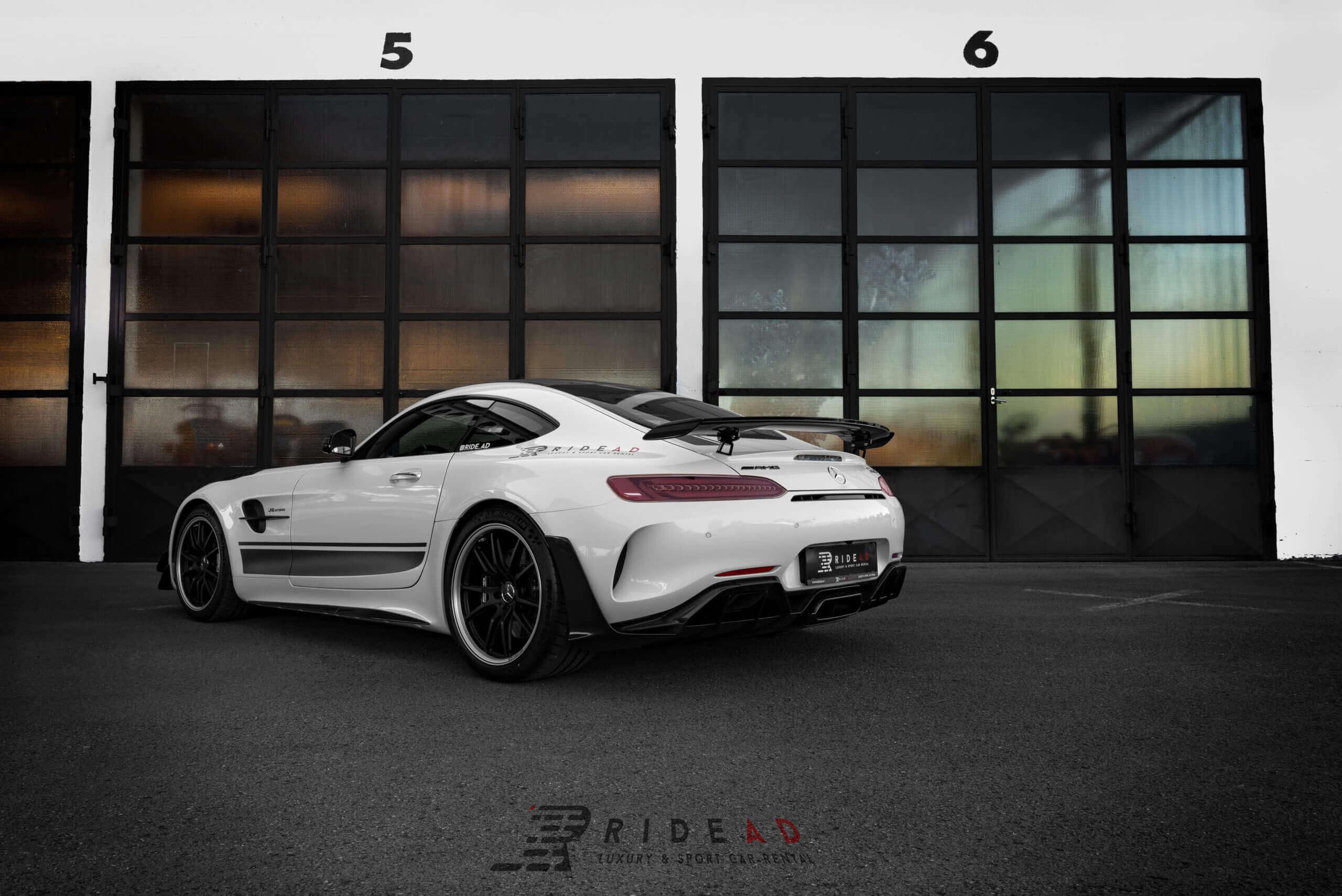 Ride Ad Luxury and Sports Car Rental - Mercedes-Benz AMG GTR PRO Kurzzeitmiete 3